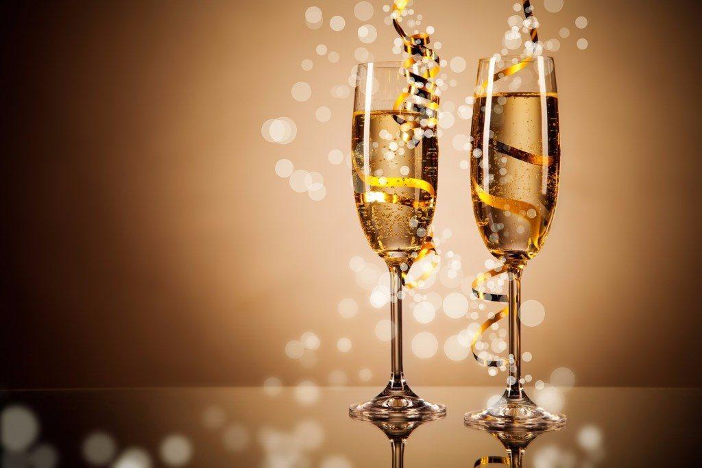 Шампанское и вино