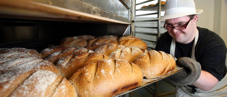 Выбираем лучшую хлебопечку