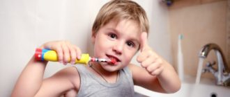 Выбираем лучшую электрическую зубную щетку