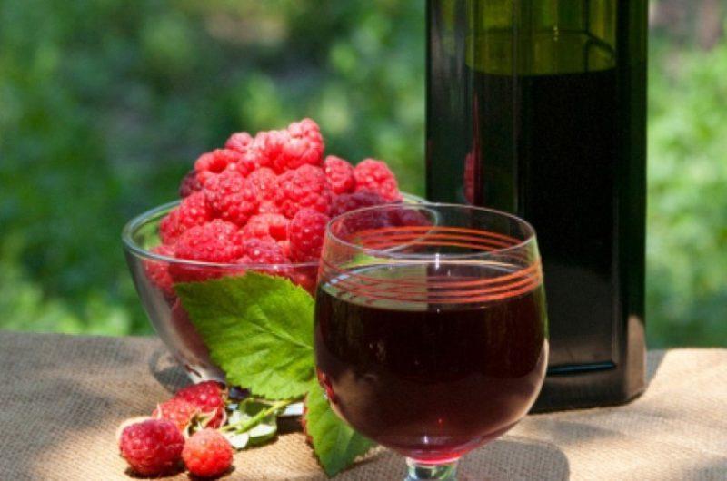 Малиновое вино фото