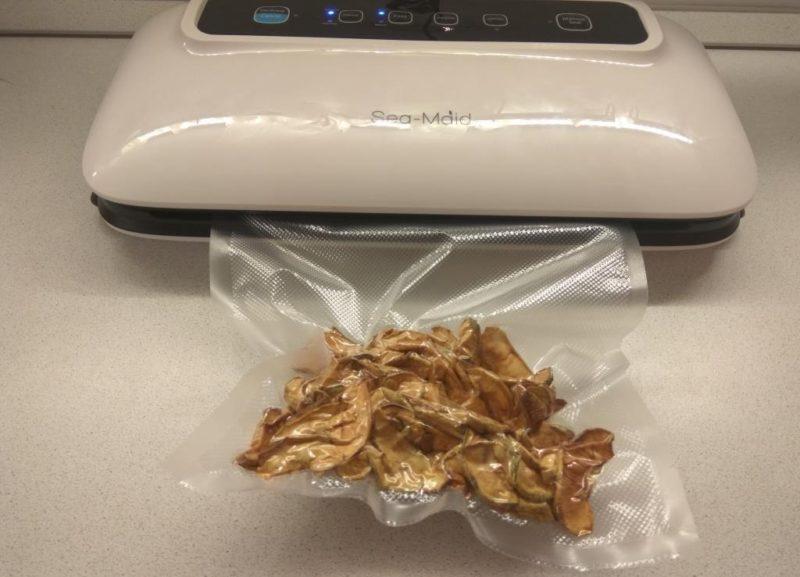 Сушеные яблоки после вакуумирования