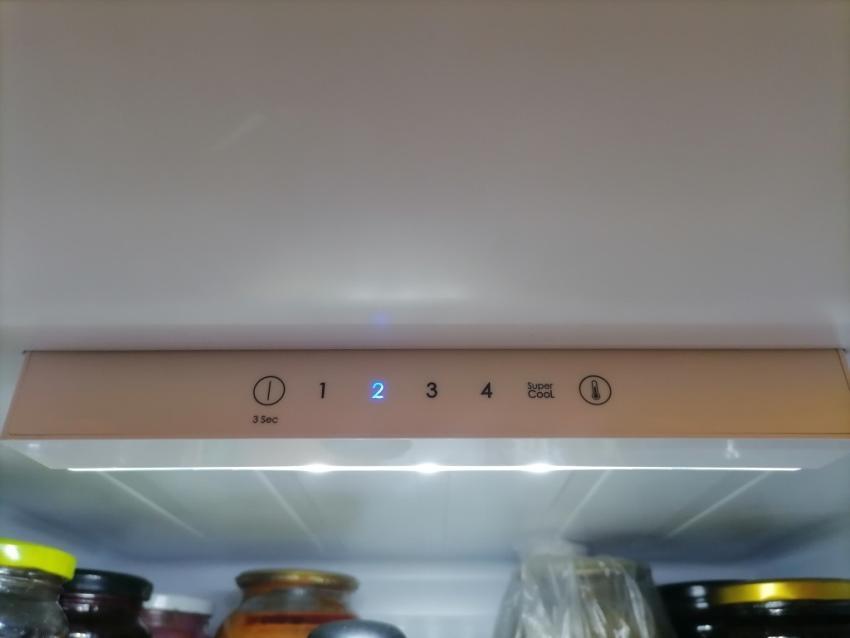 Управление холодильником Candy CCRN 6180W